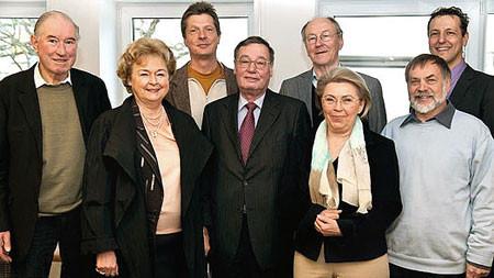 Forum Kollau Eintrag ins Vereinsregister: Vorstand im Notariat am Tibarg