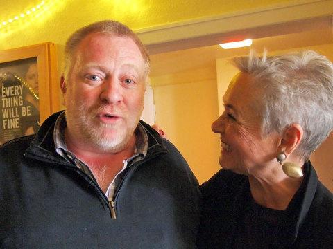 Zwei waschechte Niendorfer haben sich wieder gefunden: Arndt Eggers im Gespräch mit Friederike Ramcke (geb. Hagge)