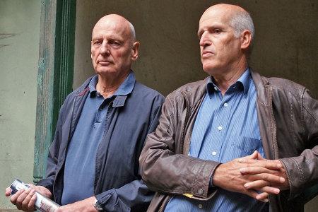 Infos aus erster Hand: Gerd Knop (l) und Andreas Reichel berichten über ihr Projekt zum Erhalt der Mutzenbecher Villa