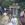 Herr Jürs berichtet am Gedenkort für die Gefallenen des Ersten Weltkrieges und späteren Mahnmals für alle Opfer des Krieges und der Gewaltherrschaft an die Heimatmaler Schnoor und Noah